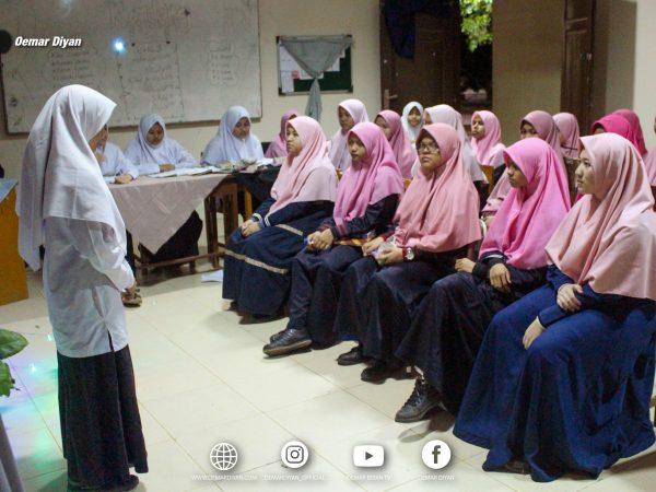 Latihan Pidato berbahasa Arab dan Inggris